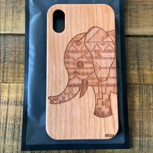 Accessories - Wood carved Elephant phone case iPhone XR